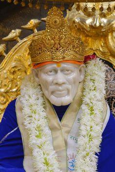 Sai Baba Pictures, God Pictures, Sai Baba Hd Wallpaper, Heart Wallpaper, Flower Wallpaper, Hanuman Pics, Birthday Banner Design, Shirdi Sai Baba Wallpapers, Lord Murugan Wallpapers