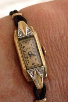 Vintage Ladies Watch  Bulova 12k Gold Filled