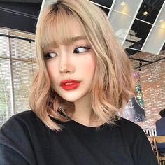 Korean Hairstyle Girl Short Hair Lucy Hale On Leaked Nude Photos Short Hair With Bangs, Girl Short Hair, Hairstyles With Bangs, Korean Hairstyle Short Bangs, Korean Hairstyles, Uzzlang Girl, Korean Beauty, Asian Beauty, Korean Girl