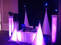 DJ setup that evening.  AmazinGear.com likes this setup.