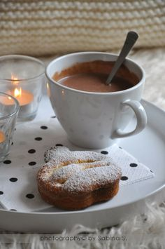 Hot Chocolate and Apple Tart