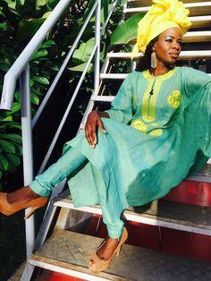 ( 43 Photos ) Spécial Mode Tabaski 2017, Alphie Ba de la TFM Sagnsès à couper le souffle African Print Clothing, African Print Fashion, Tribal Fashion, African Prints, Womens Fashion, Naija, Dashiki, African Dress, Ankara