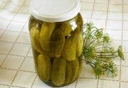 Ecetes uborka Csiki Piroskától Hungarian Recipes, My Recipes, Preserves, Pickles, Cucumber, Crockpot, Main Dishes, Healthy Living, Food And Drink