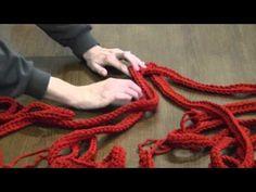 braid<333 i need red yarn!!!