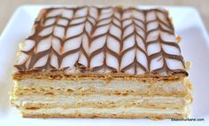 cel mai bun tort napoleon foietaj crema de vanilie
