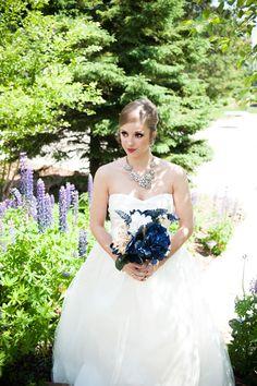 Bridal Portraits | PHOTO SOURCE • MEG ANN PHOTOGRAPHY | Bouquet by The Dream Team Weddings & Events