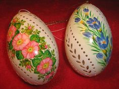 Easter lace eggs