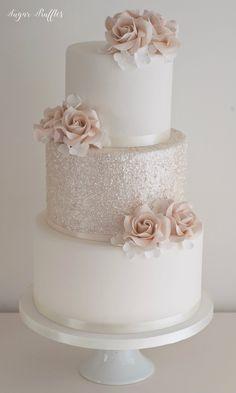 Sparkly Wedding Cakes, Round Wedding Cakes, Wedding Cakes With Flowers, Mod Wedding, Champagne Wedding Cakes, Blush Pink Wedding Cake, Quince Cakes, Wedding Cake Inspiration, Custom Cake Toppers