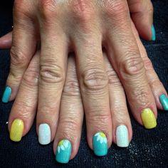 Flower nail art sparkle nails gelish shellac spring nails