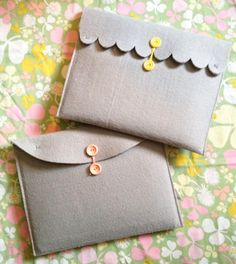 Make a Shabby iPad cover (or clutch!) tutorial and 45 BEST Shabby Lifestyle Decor & Accessory DIY Tutorials EVER!! From MrsPollyRogers.com