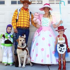 Adorable family costume idea featuring our Jessie cow girl costume.You can find Family costumes and more on our website.Adorable family costume idea featuring our Jessie . Toy Story Halloween Costume, Toy Story Costumes, Disney Halloween Costumes, Halloween Costume Contest, Girl Costumes, Halloween Kids, Costume Ideas, Group Costumes, Toy Story Barbie Costume
