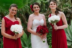 Flamenco inspired wedding bouquets in Spain