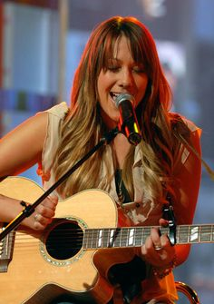 Colbie singing to my sister and I Colbie Caillat, Celebrity Singers, Female Singers, Kinds Of Music, My Music, Persephone, Amazing People, Good People, The Magicians