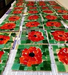 involvement in World War I and post-World War I America. Students will be provided information about the significant of the poppy and they will create a poppy collage and write a journal entry about the poppies. School Displays, Classroom Displays, Art Classroom, Autumn Display Classroom, Poppy Craft For Kids, Art For Kids, Crafts For Kids, Remembrance Day Activities, Remembrance Day Poppy