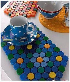 DIY: Neon hama beads coasters by Eve Bottle Top Art, Bottle Top Crafts, Bottle Cap Projects, Diy Bottle, Bottle Caps, Plastic Bottle Tops, Plastic Bottle Crafts, Recycle Plastic Bottles, Plastic Caps