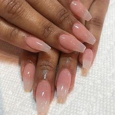Look at these coffin acrylic nails. Natural Acrylic Nails, Cute Acrylic Nails, Aycrlic Nails, Nail Manicure, Coffin Nails, Fabulous Nails, Perfect Nails, Airbrush Nails, Fire Nails