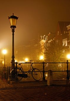 as-cosy-as-can-be:  Amsterdam