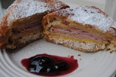 Monte Cristo: delicious, easy monte cristo recipe using crescent rolls! #copycat www.shugarysweets.com