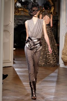 A.F. Vandevorst Spring 2013 Ready-to-Wear Collection Photos - Vogue