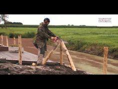 Staketenzaun aufbauen / Holzzaun aufstellen. Den Rollzaun aus Kastanie kann man ganz einfach aufstellen. Sehen Sie sich unsere Aufbauanleitung / video an.