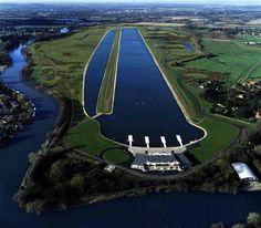 Eton College Rowing Centre, Dorney Lake