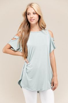 Loving the Madeline Top from The Lillipad Boutique!