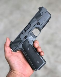 Who's interested in a Cerakoted @Hudson_mfg H9 9mm raffle to raise some money for the Simoa family this weekend?!? #madcustomcoating #cerakotemadness
