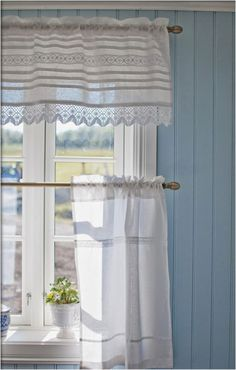 58 Best Ideas For Kitchen Farmhouse Curtains Shabby Chic Farmhouse Curtains, Country Curtains, Cafe Curtains, Kitchen Curtains, White Curtains, White Cottage, Cottage Style, Farmhouse Style, Home Decor Ideas