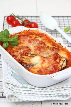 Melanzane alla parmigiana - Mind Your Feed Lasagne Pesto, Lasagne Recipes, Good Food, Yummy Food, Cooking Recipes, Healthy Recipes, Free Recipes, Eggplant Recipes, Food Decoration