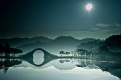 The Moon Bridge in DaHu Park, Taipei ---  You Haven't Lived Until You See The 37 Most Breathtaking Views On Earth