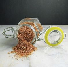 Mexican Pinto Bean Spice My favorite way to cook pinto beans is with a ham hock or some bacon, maybe a little broth, but tha Bean Seasoning Recipe, Seasoning Mixes, Pinto Bean Recipes, Green Bean Recipes, Beans Recipes, Pork Recipes, Chicken Recipes, Homemade Spices, Homemade Seasonings