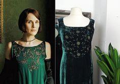 Green Velvet Dress, Green Dress, 1920s Fashion Dresses, Sparkly Prom Dresses, Steampunk Dress, Art Deco Dress, Bias Cut Dress, Edwardian Dress, Curvy Dress