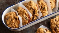 What healthy snacks will you be preparing for your children and other family members this week?😄 Are you thinking of trying a jazzy up addition to the regular oatmeal cookies? I found the perfect Oatmeal Cookie Recipes, Oatmeal Raisin Cookies, Easy Cookie Recipes, Sweet Recipes, Easy Holiday Desserts, Holiday Recipes, Greek Sweets, Food Humor, Healthy Desserts