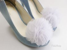 Soft bloom Layered Tulles Corsage shoe clips in Pure white