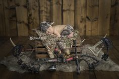 Newborn Photos | Newborn Photography | © Paige Laro Photography | Studio Photography | Hunting Theme | Hunter | Deer | http://www.PaigeLaroPhotography.com