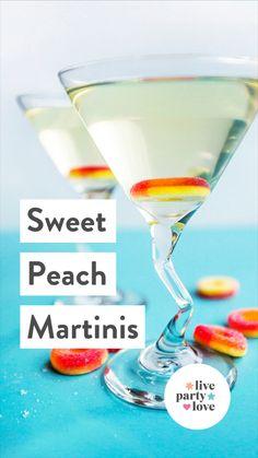 Vodka Recipes, Coctails Recipes, Alcohol Drink Recipes, Best Martini Recipes, Dirty Martini Recipe, Apple Martini Recipe Vodka, Mix Drink Recipes, Appletini Recipe, Easy Mixed Drinks