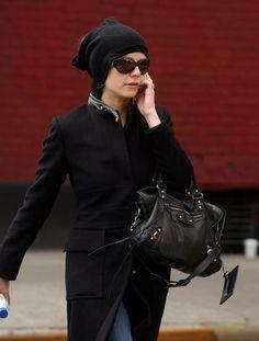 gwyneth paltrow handbag images | The Many Bags of Gwyneth Paltrow - PurseBlog
