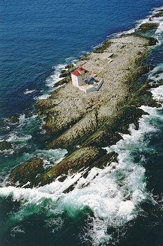 Gull Rock Lighthouse, Nova Scotia, Canada