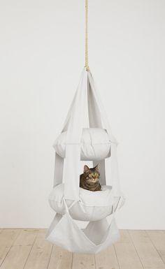 インテリア/猫/猫用品/キャットタワー/キャットトラピーズ/突っ張り/ベッド/据え置き/ハウス/スリム/おしゃれ/ハンモック/