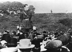 Pádraig Pearse in an Irish Volunteer officer uniform addressing a recruitment meeting in July Irish Republican Brotherhood, Funeral Speech, Easter Rising, The Proclamation, Michael Collins, Oral History, The Orator, Emerald Isle