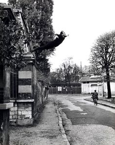 this emblematic image of the painter yves klein throwing himself out of the window was in fact a montage made by his friend, the hungarian photographer harry shunk, to illustrate his theories about levitation. in reality, klein's friends were waiting with an outstretched sheet, but the cleverly retouched photograph acquired legendary status and was even exhibited at the kunsthalle bern in 1969. a man in space [le saut dans le vide (leap into the void), 5, rue gentil-bernard, ...