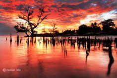 a Morning Sunrise in Lhokme by maulizar idris on 500px