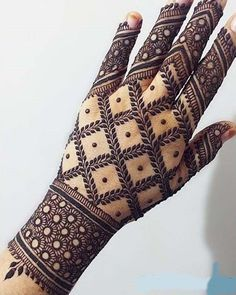 Best Indian Mehndi Designs - Mehndi or Henna is a form of body art based on dyes prepared from the plant called Lawsonia inermis. It is an immensely famous and widely used technique for adorning the body. Indian Mehndi Designs, Henna Art Designs, Modern Mehndi Designs, Mehndi Design Pictures, Wedding Mehndi Designs, Beautiful Mehndi Design, Latest Mehndi Designs, Mehndi Designs For Hands, Mehndi Images
