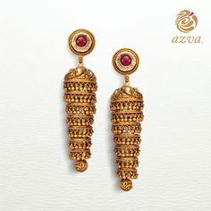The Contemporary Bride always finds innovative ways to wear her jewellery. How will you wear these earrings? Gold Jhumka Earrings, Indian Jewelry Earrings, Gold Earrings Designs, Gold Jewellery Design, Designer Jewellery, India Jewelry, Gold Necklace, Ankle Jewelry, Gold Jewelry Simple