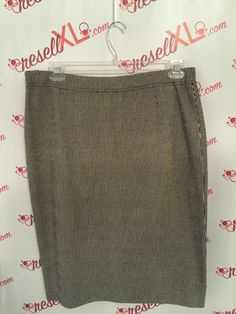 f71306aeb82 St. John Size 14 Black and White Santana Knit Knee Length Pencil Skirt  Stand out