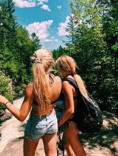 See more of content on VSCO. Foto Best Friend, Best Friend Pictures, Bff Pictures, Best Friend Goals, Best Friends, Friend Pics, Summer Feeling, Summer Vibes, Mein Style