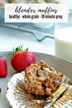 Easiest, nutritious Healthy Whole Grain Blender Muffins! These delicious muffins are an easy recipe, full of whole grain goodness, and perfect to make-ahead for busy mornings. Nutritious Breakfast, Healthy Muffins, Healthy Breakfast Recipes, Healthy Smoothies, Smoothie Recipes, Healthy Brunch, Brunch Recipes, Vegetable Smoothies, Healthy Breakfasts