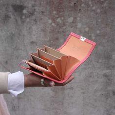 ausgefallene-kellnerboersen-peony-pink-leder