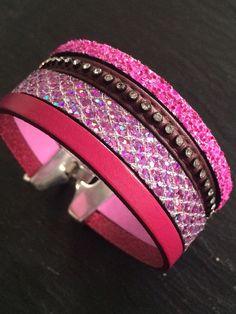 Bracelet cuir manchette tons rose et violet avec fermoir clip   Bracelet  par manava-creation 77ee7ecc933
