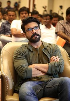 Beard And Mustache Styles, Beard No Mustache, New Photos Hd, Cover Photos, Best Smart Casual Outfits, Sai Pallavi Hd Images, Beard Art, Couple Photoshoot Poses, Facebook Profile Picture
